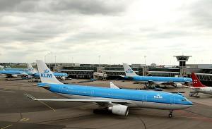 Ett KLM-flyg på flygplatsen Schiphol